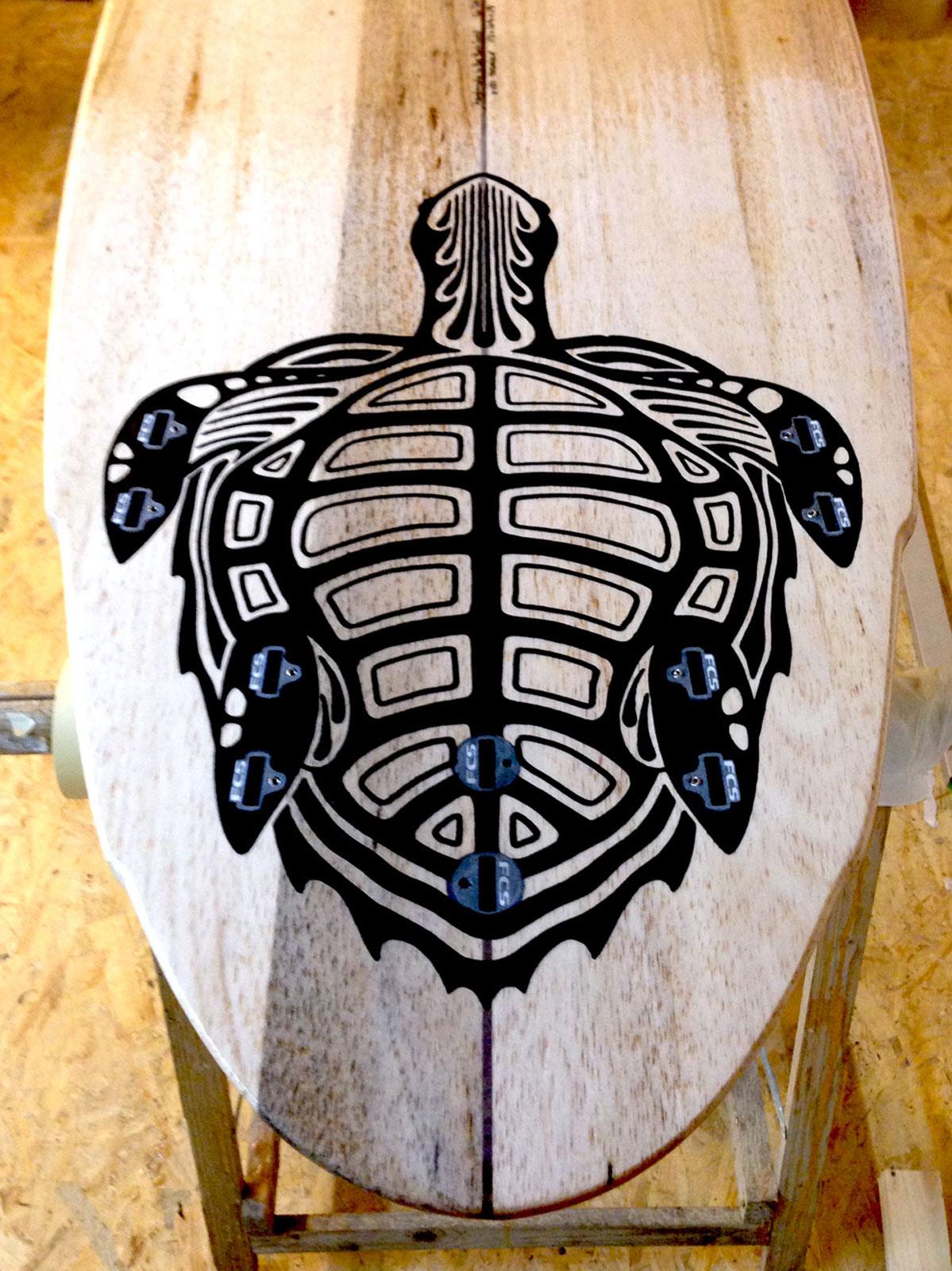 balsa-surfboard-turtel-design