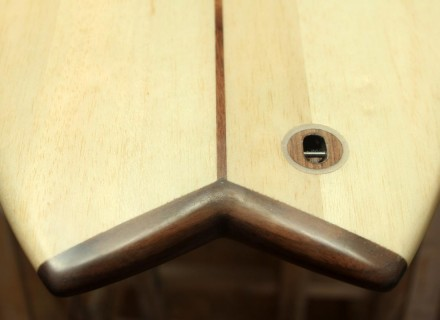 surfboard-tailblock-wood