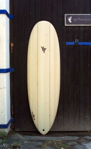 wooden-surfboard